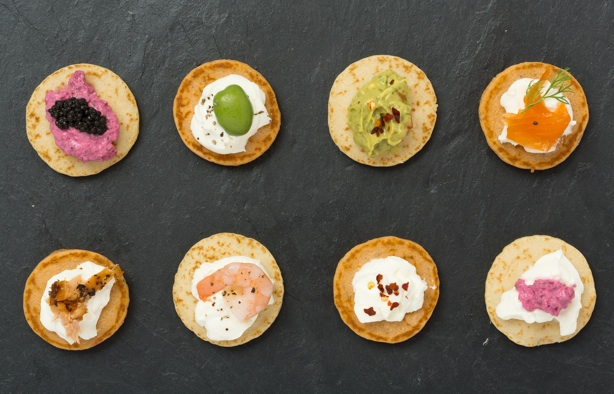 More bang for your blini party food cr pe cuisine for Canape toppings